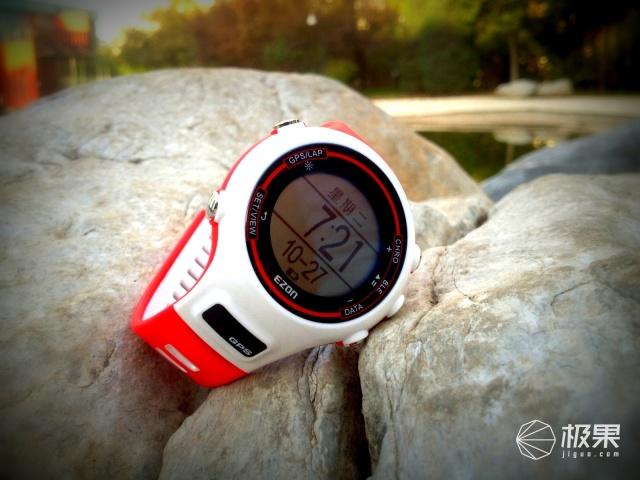 宜准E1运动手表