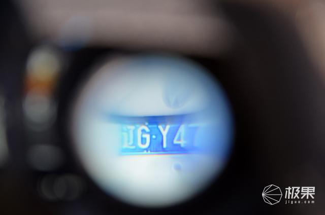 玩VirtualReality虚拟现实?快来试试极维客VR全触屏手柄吧